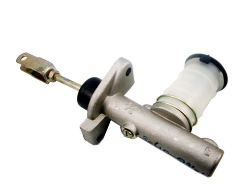 丰田离合器总泵